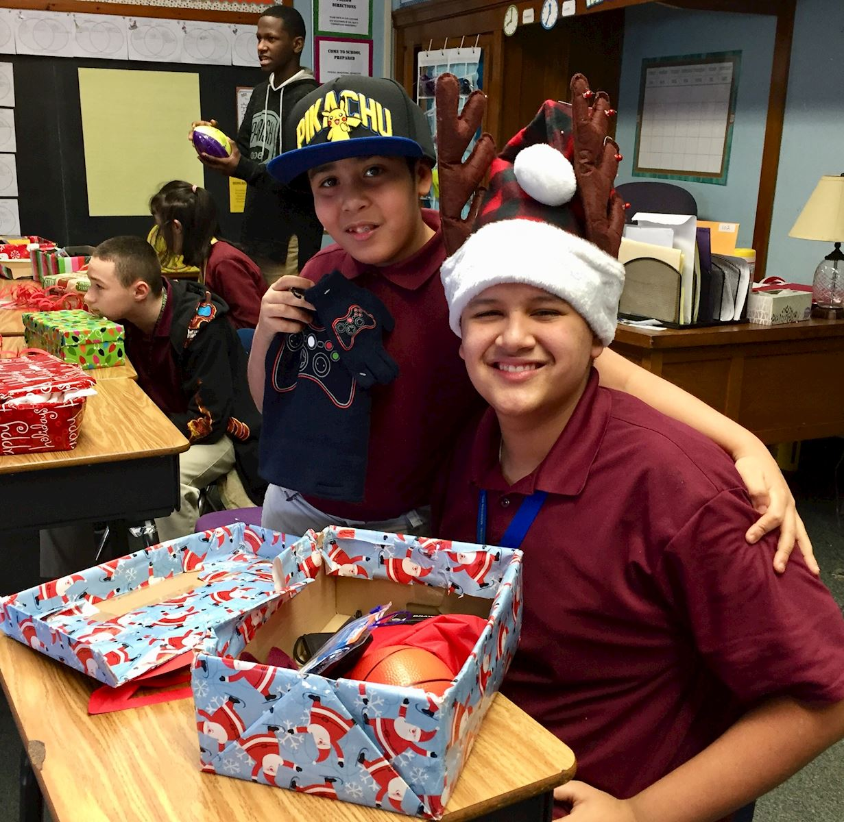 Volunteer center of lehigh valley holiday hope chests if you are interested in learning more about this program please contact the volunteer center at 610 807 0336 malvernweather Image collections